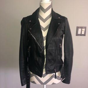 Zara Fitted Black Leather Motorcycle Biker Jacket